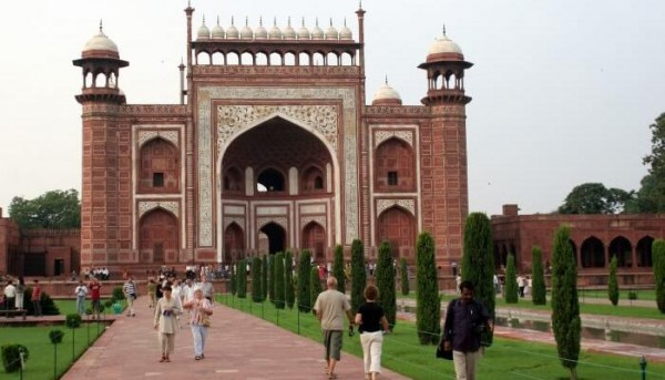 best agra tajmehal travel tour package from ghaziabad ...